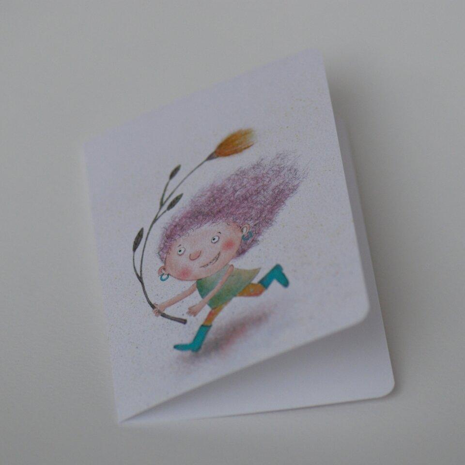 """Mažas dvigubas atvirukas """"Bėgiotoja"""" su spalvotu rankų darbo vokeliu"""